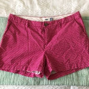 Pink patterned twill shorts